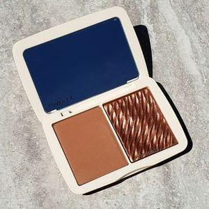 BNIB Cover Fx Monochromatic Sunkissed Bronzer!!